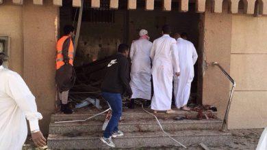 صورة أمسك برشاش الإرهابي فأحرق يده «ذلك وسام شرف»